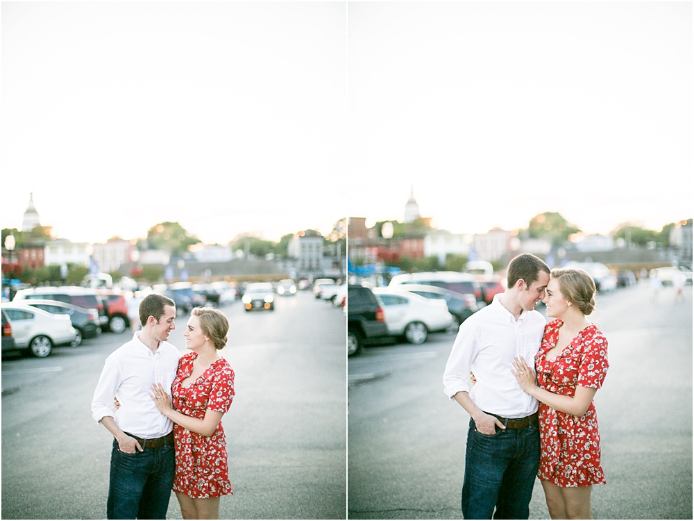 sarah alex annapolis waterfront engagement session living radiant photography photos_0018.jpg