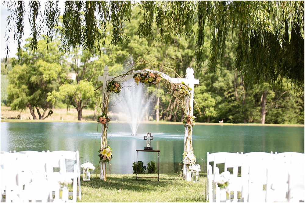 tina sean myers pond view farm outdoor mint pink wedding living radiant photography photos_0033.jpg