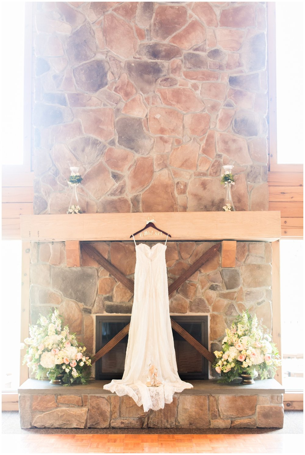 Sara Eric Liberty Mountain Ski Resort Wedding Living Radiant Photography photos_0023.jpg