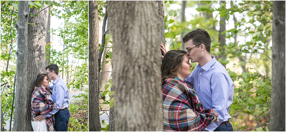 amanda rob centennial park engagement session living radiant photography photos_0007.jpg