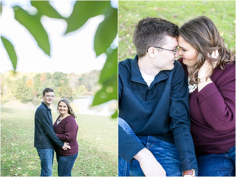 amanda rob centennial park engagement session living radiant photography photos_0017.jpg