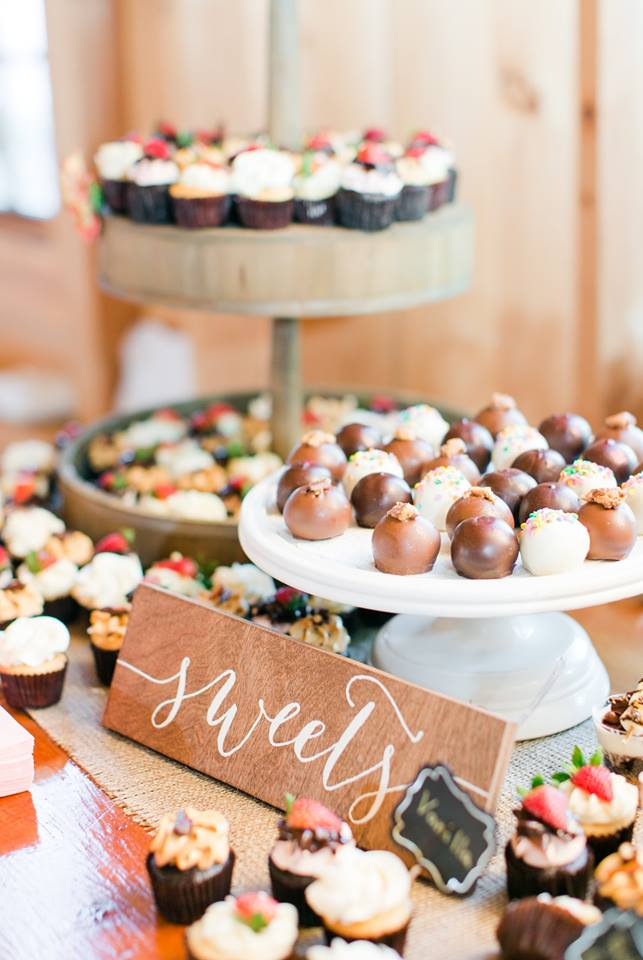 pond view wedding dessert display. megan kelsey photographyjpg 3.jpg