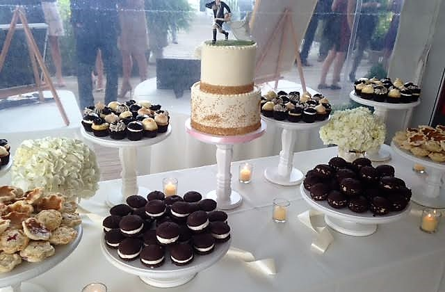 wedding dessert display 3 (mainpc's conflicted copy 2016-12-01).jpg