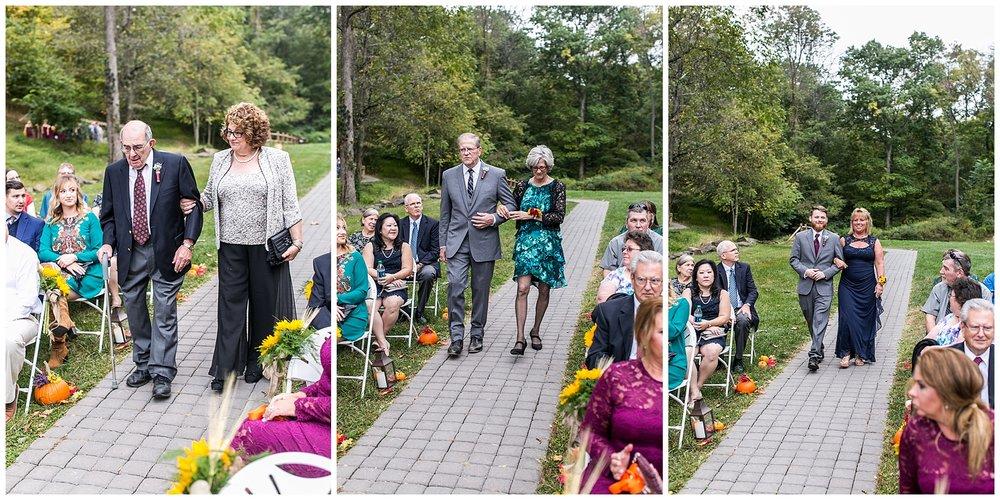 M+K Lodges at Gettysburg Wedding LivingRadiantPhotographyphotos_0031.jpg