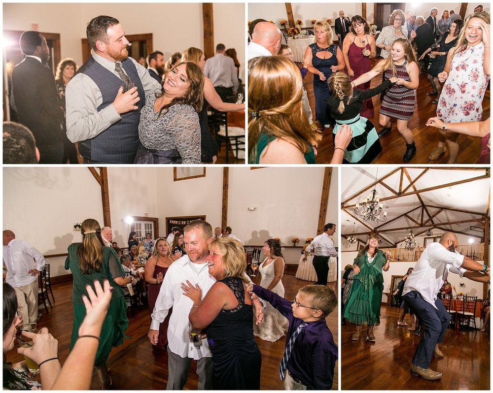 M+K Lodges at Gettysburg Wedding LivingRadiantPhotographyphotos_0060.jpg