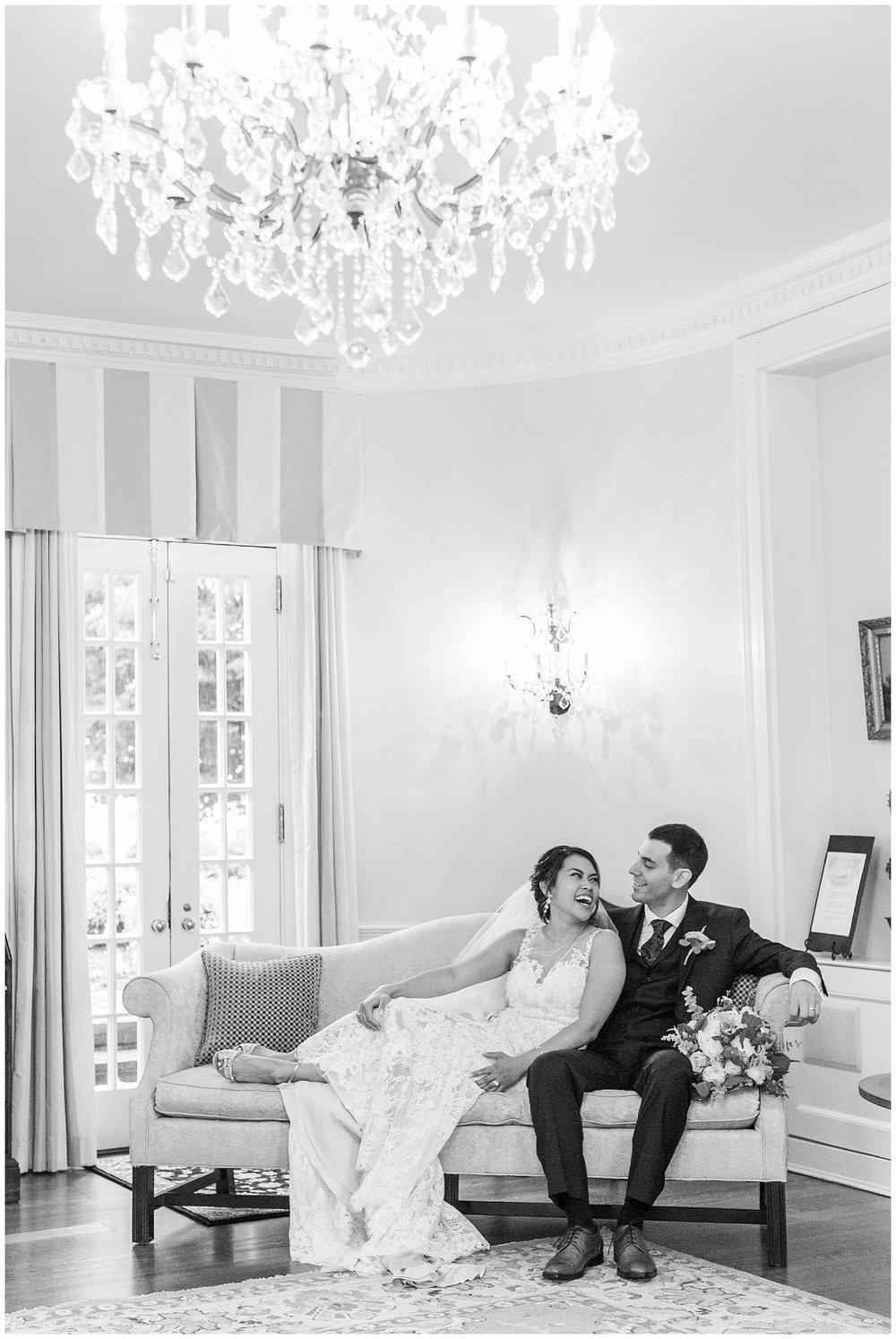 Tiffany+WilliamBelmontManorRainyDayWeddingLivingRadiantPhotographyphotos_0034.jpg