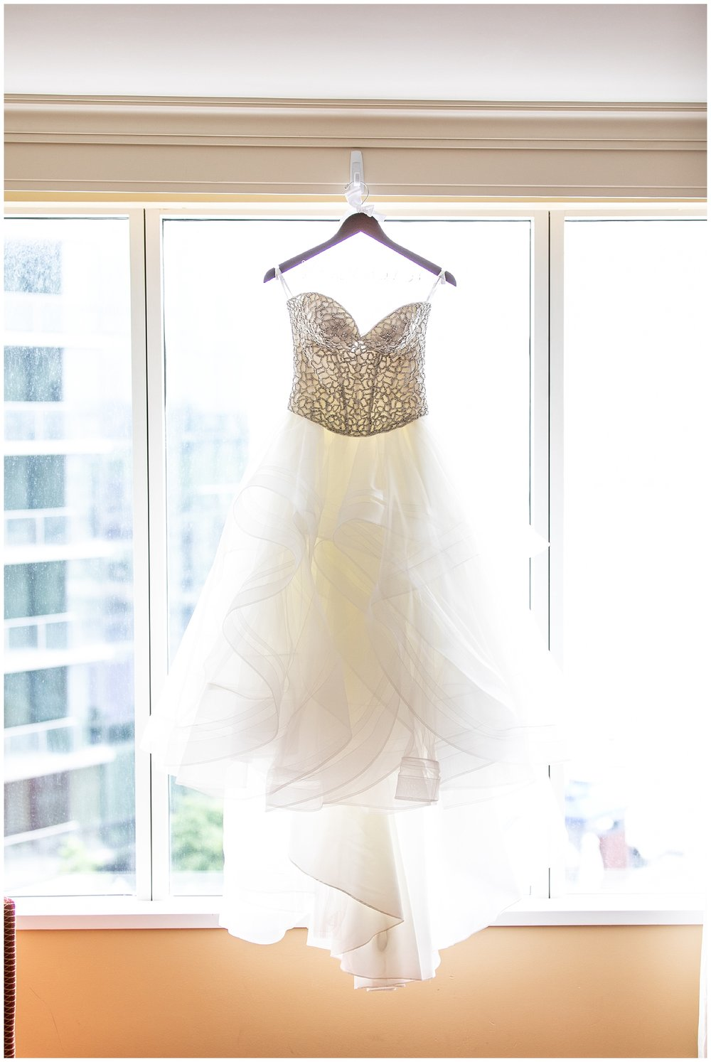 Stephanie + Patrick Legg Mason Wedding Living Radiant Photography photos_0012.jpg