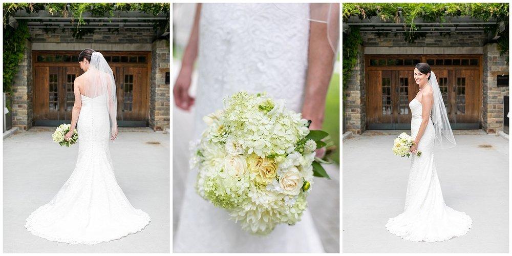 TracyPatrick-LoyolaCollege-PrestonHall-Wedding-LivingRadiantPhotography-photos_0027.jpg