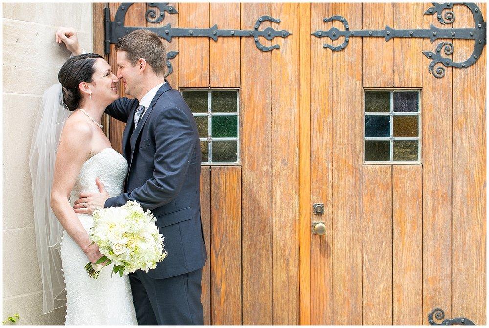 TracyPatrick-LoyolaCollege-PrestonHall-Wedding-LivingRadiantPhotography-photos_0031.jpg