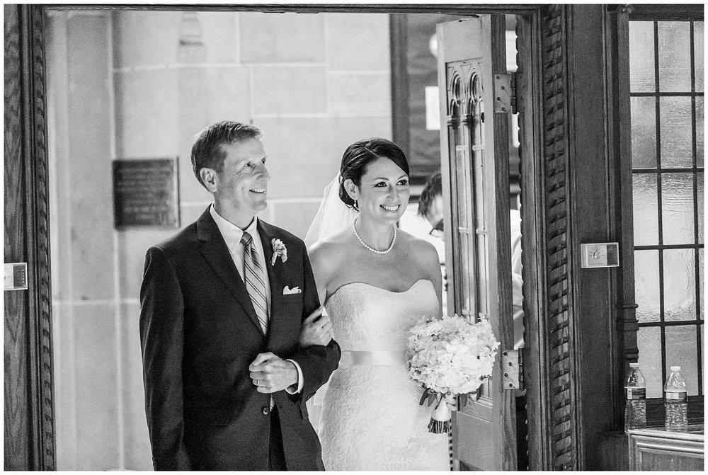TracyPatrick-LoyolaCollege-PrestonHall-Wedding-LivingRadiantPhotography-photos_0037.jpg