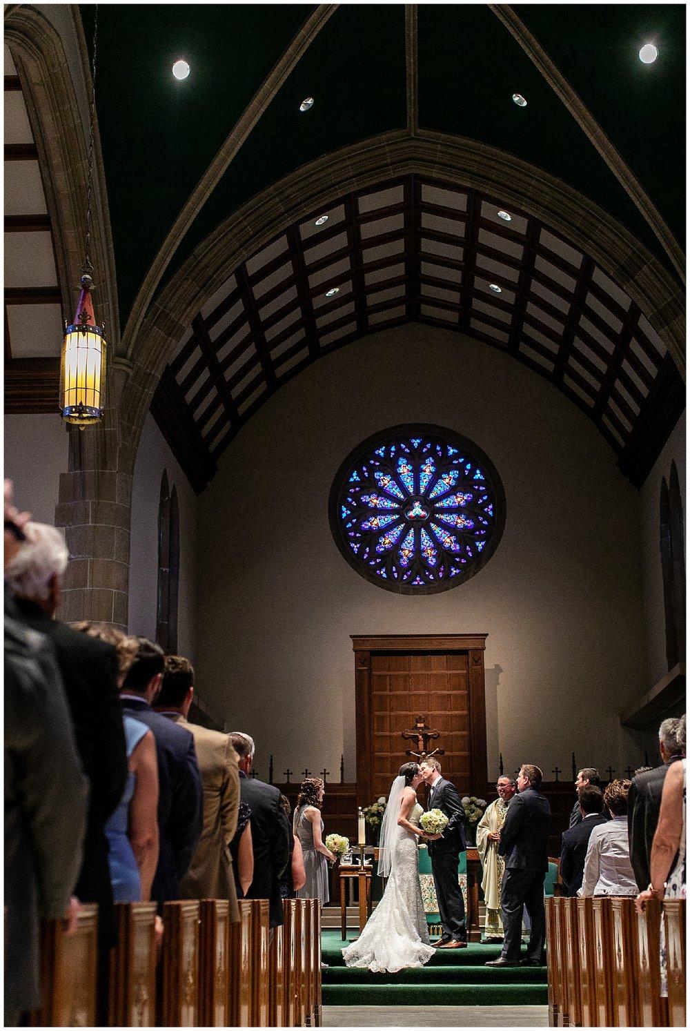 TracyPatrick-LoyolaCollege-PrestonHall-Wedding-LivingRadiantPhotography-photos_0048.jpg