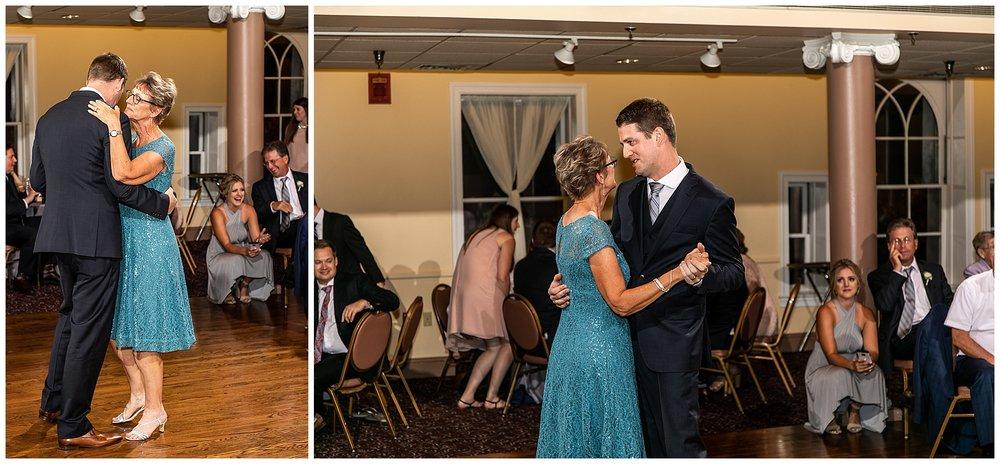 TracyPatrick-LoyolaCollege-PrestonHall-Wedding-LivingRadiantPhotography-photos_0111.jpg