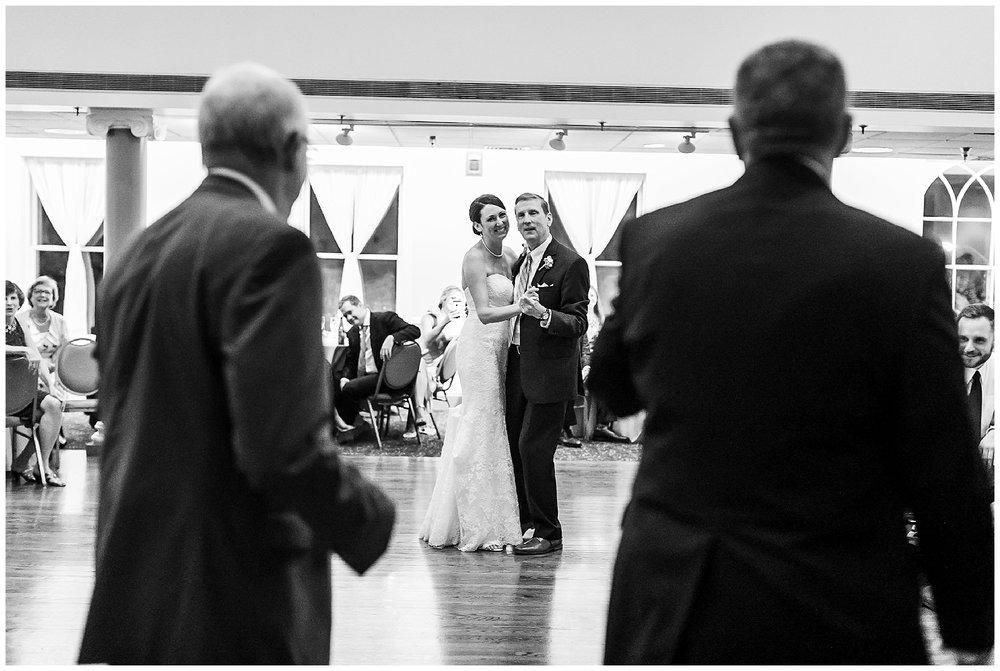 TracyPatrick-LoyolaCollege-PrestonHall-Wedding-LivingRadiantPhotography-photos_0110.jpg