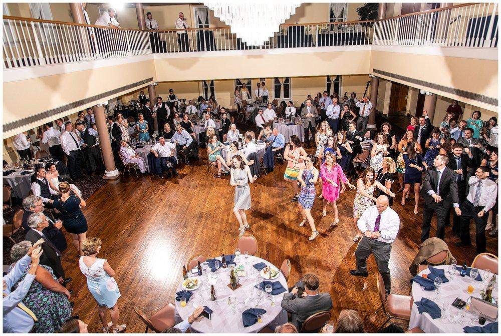 TracyPatrick-LoyolaCollege-PrestonHall-Wedding-LivingRadiantPhotography-photos_0120.jpg