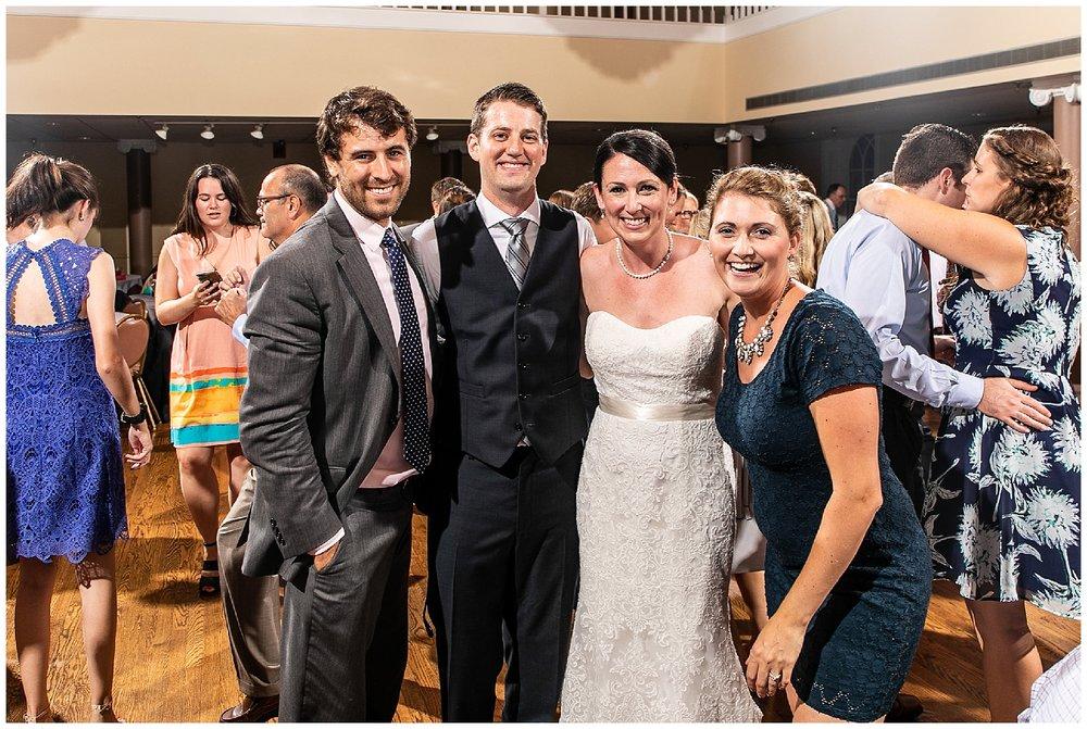 TracyPatrick-LoyolaCollege-PrestonHall-Wedding-LivingRadiantPhotography-photos_0127.jpg
