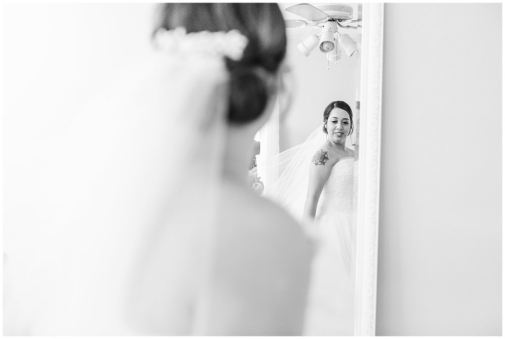 SarahJake-RobinHillWedding-LivingRadiantPhotography-photos_07.jpg
