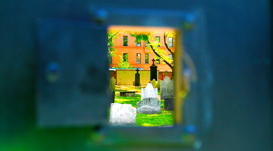 PHOTOGRAPHY  :: New York ::  Holy Peephole Batman