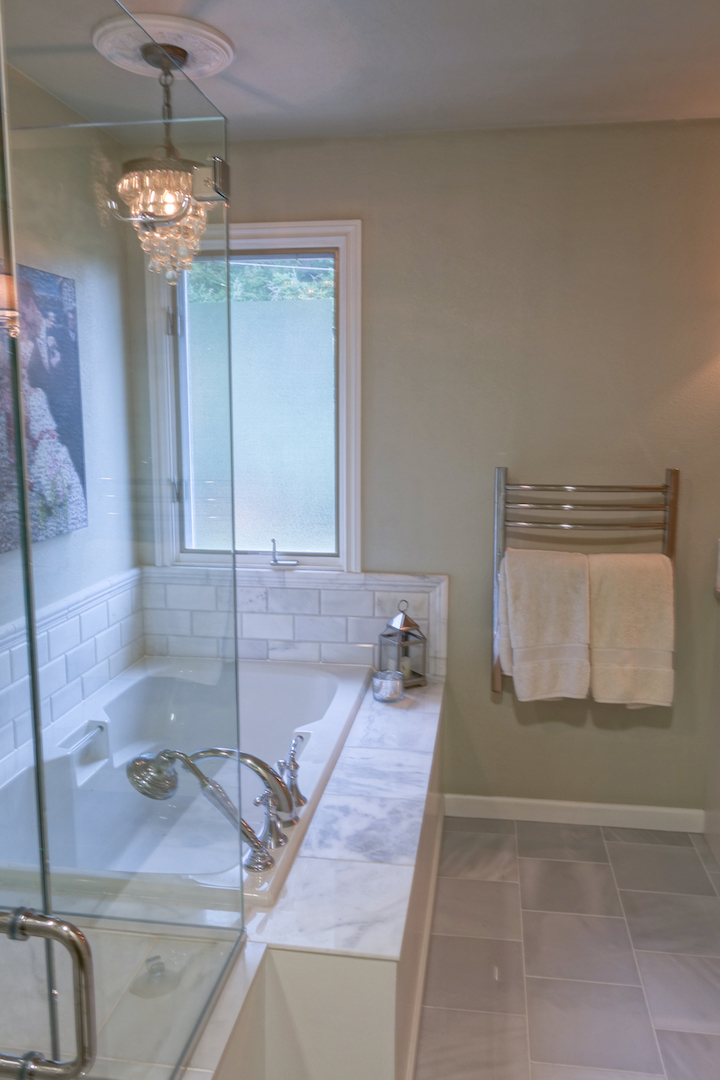 Potts Master Bath-7.jpeg