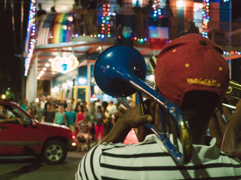 A musician playing on Frenchmen Street.