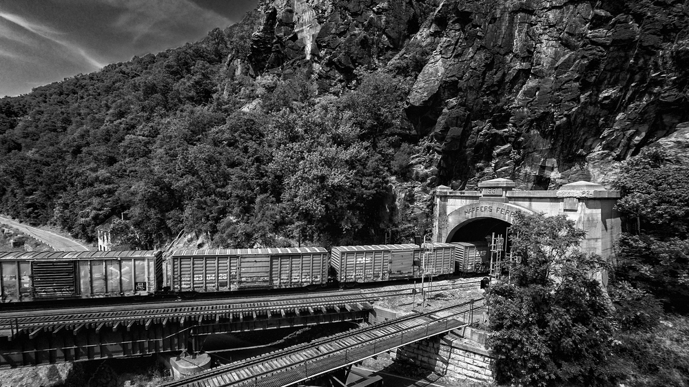 Aerial_Train_Harpers_Ferry