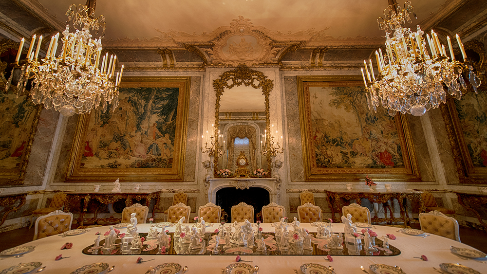 The  Rothschilds family was rich, powerful, and famous.... and you can tell that just by looking at the grand dining room!