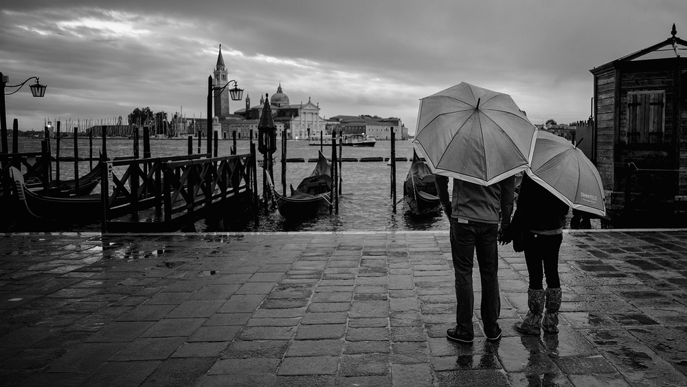 Leica Venice Sunrise Couple