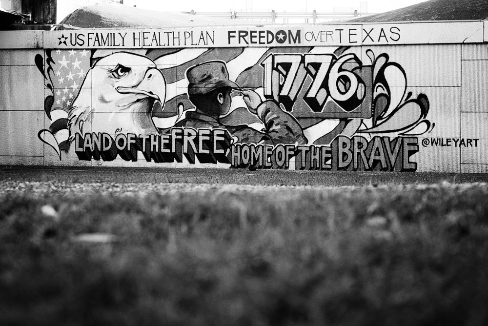 Downtown Houston BW-10.jpg
