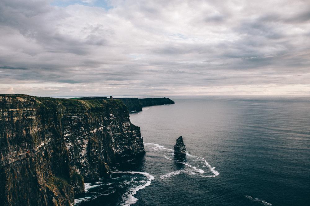 cliffs_of_moher-2.jpg