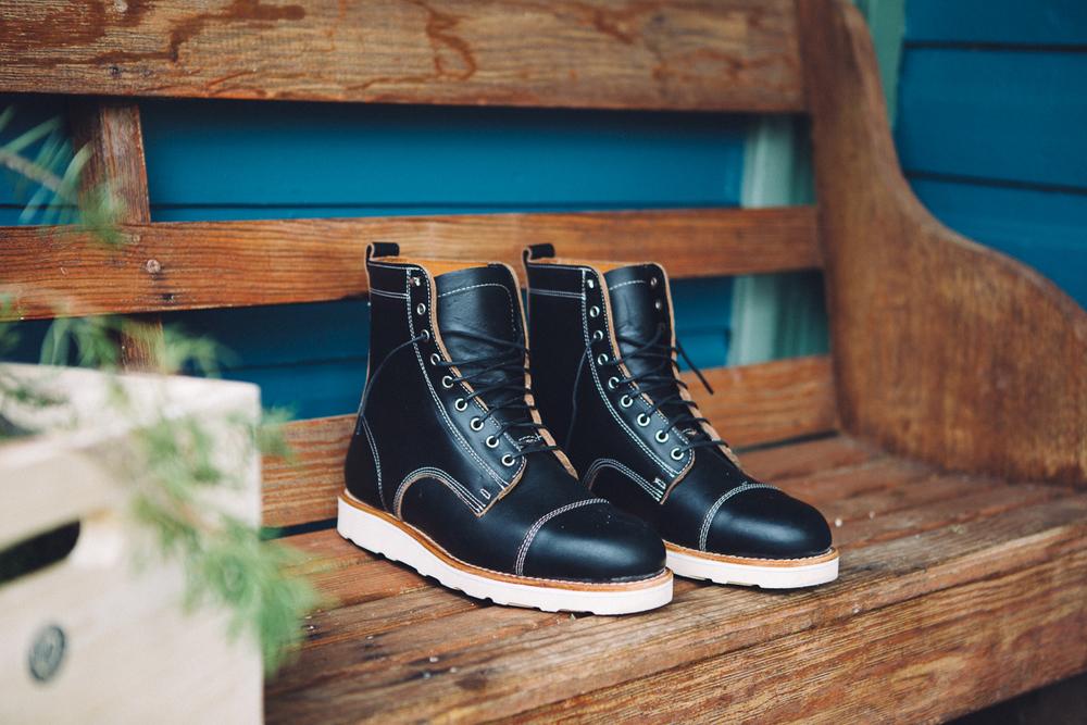 helm_boots-5.jpg
