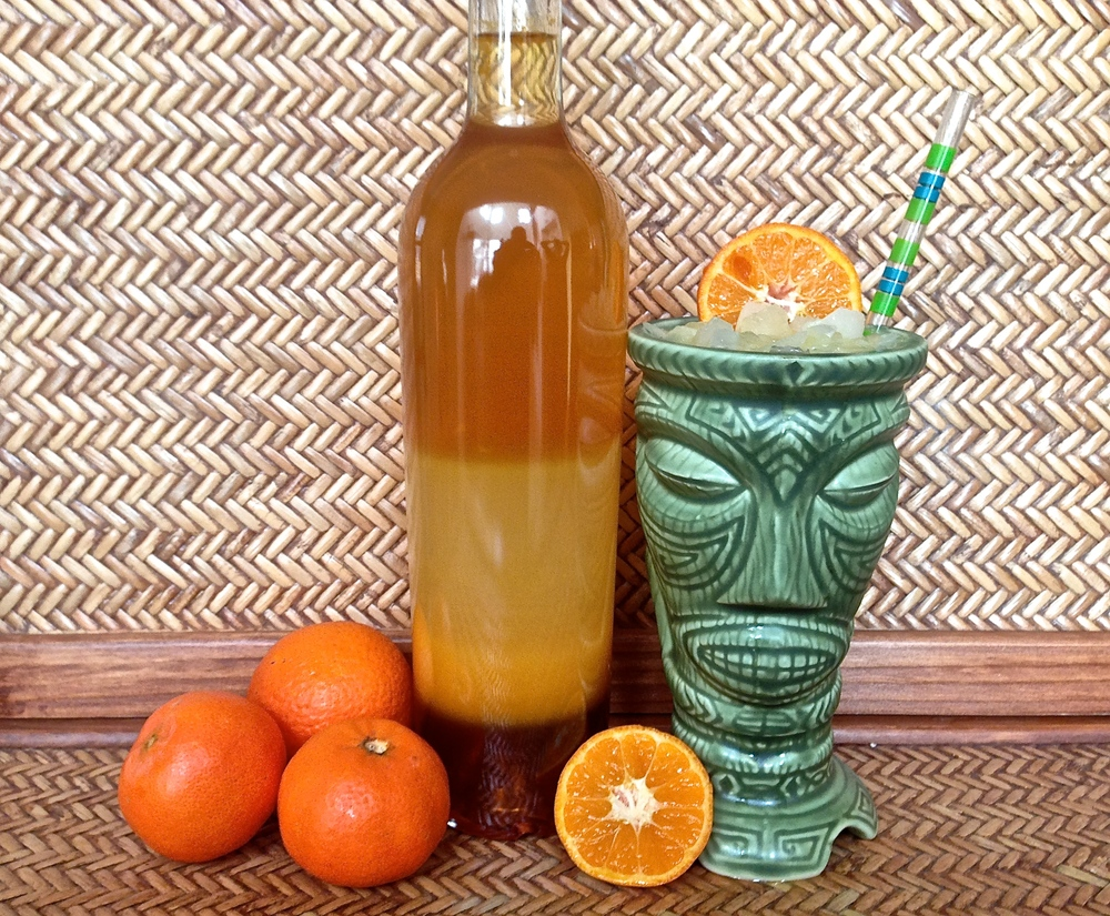 Follow this link to the recipe for homemade Tangerine Cello and Blood Orange Sipper cocktail