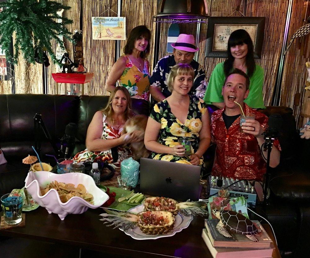 From left to right top: Vicki, Jeff, Pumpkin, Kalani, Starshine and Sunshine at the Taki Tiki