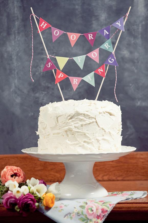 ELEPHANTSHOE_DIY_SPRING_CAKE_TOPPERS_01.jpg