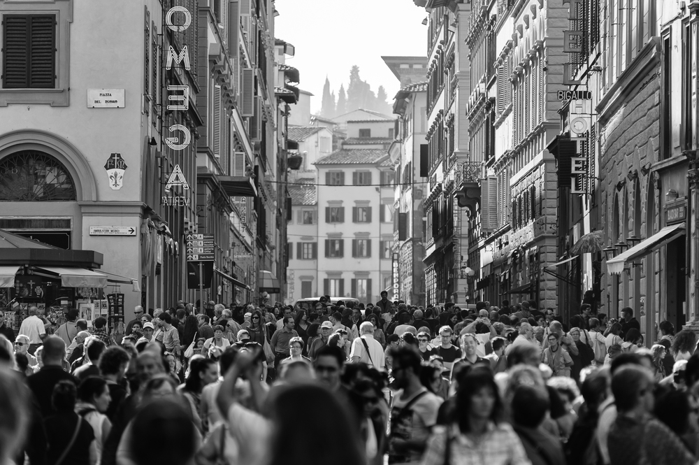 Over Crowd - Florence, Italy.