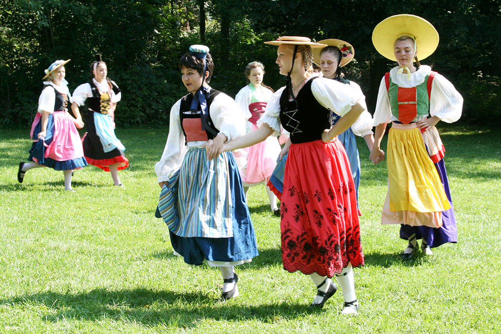 Swiss Dancers