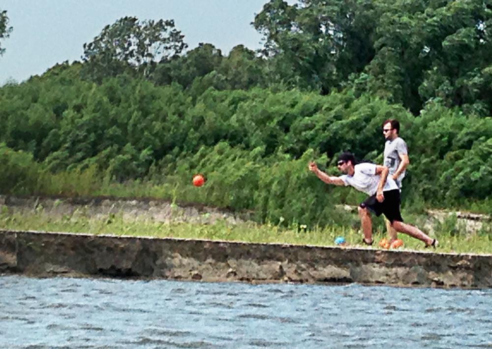 SB_kayak-sandybank.jpg