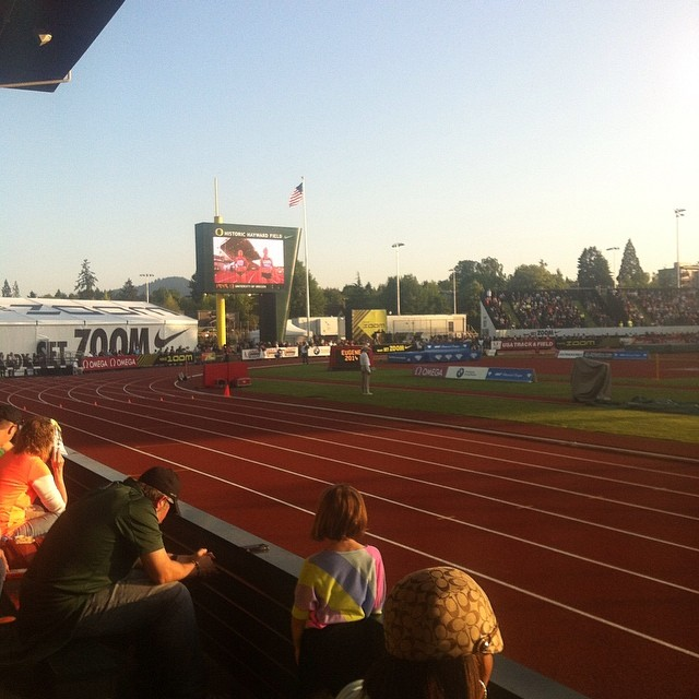 The Joy of getting to watch a meet instead of working it! #tracktown #preclassic #nike #haywardfield