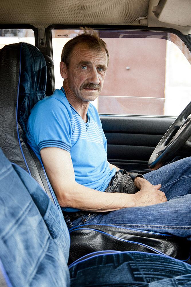 Taxi driver in Kizyel.