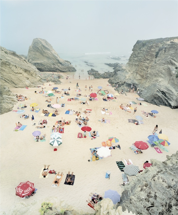 Praia Piquinia 14/08/06 16h04  by Christian Chaize | Digital C-Print