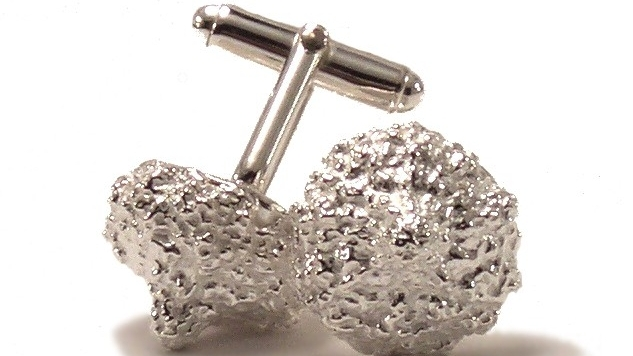$270  EUCALYPTO CUFFLINK   designed after an eucalypto seed measures 16mm in diameter and has a polished finish  sterling silver