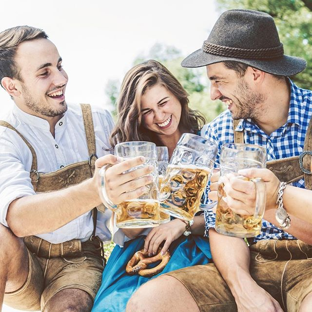 Cheers to the weekend and upcoming Oktoberfest season 🍻⠀ .⠀ Rent original German Lederhosen and Dirndl with us and join Oktoberfest parties  @vancouveralpenclub @squamishbeerfest @craftoberfestsquamish @brewhall @hastingsraces and so many more 🍺 #trachtup .⠀ #oktoberfest #vancouver #rentyourtracht #germanyinvancouver #oktoberfestvancouver #costumes #dirndl #lederhosen #rental #vancity #vancitybuzz #dailyhivevan #bestseasonoftheyear #craftoberfestsquamish #vancouveralpenclub #brewhall #hastingsracecourse