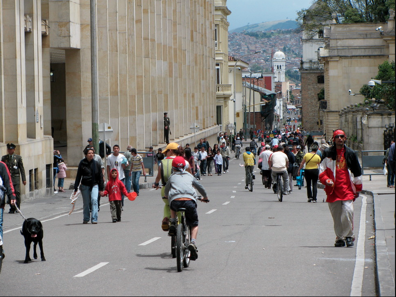 Ciclovia and Cicloruta Project, Bogotá