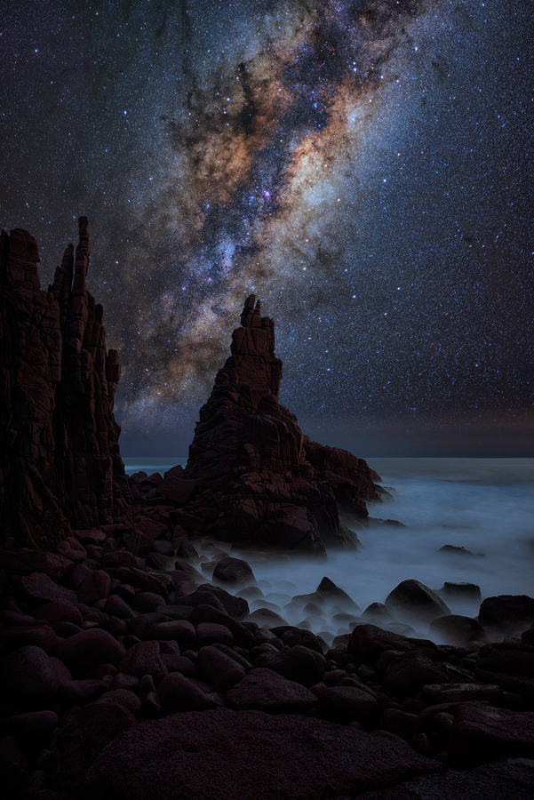 stars, milky way, night sky, galaxy, galactic center, nebula, pinnacles, phillip island, cape woomalai, cape woolamai, night, lincoln harrison, long exposure, night seascape, nightscape, starscape, astro, astrophotography
