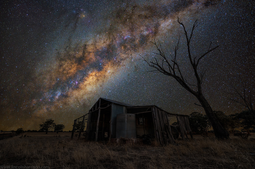 stars, milky way, night sky, galaxy, galactic center, nebula, night, lincoln harrison, long exposure, nightscape, starscape, forgotten, barn, australia, astro, astrophotography