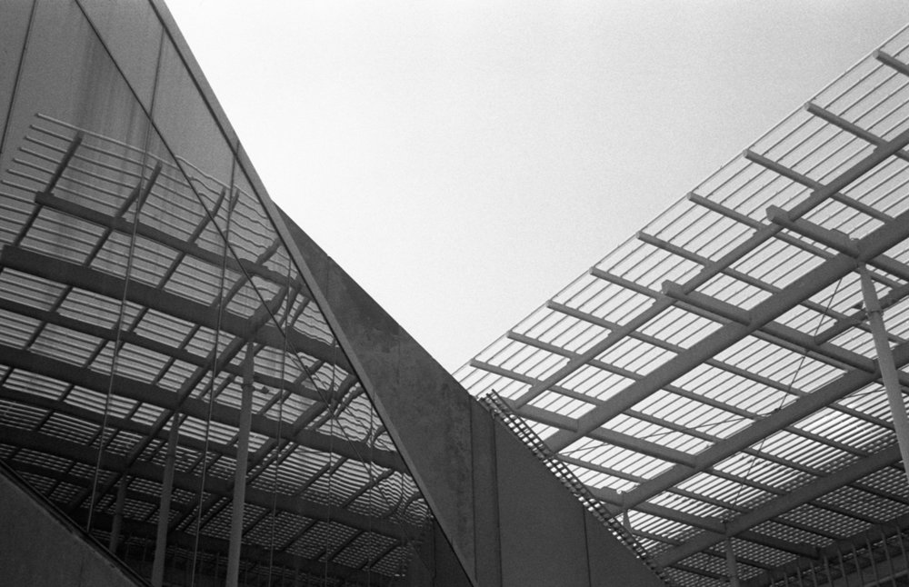 Outside the Chicago Institute of Art Ilford HP5+