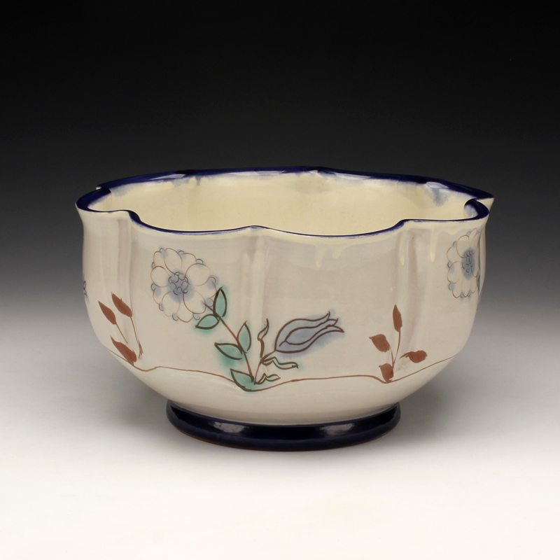 Scalloped Bowl.jpg