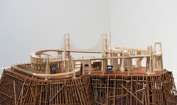 Carlos Garaicoa. Entr'acte (après René Clair), 2014. Installasjonsfoto, Nasjonalmuseet Foto: Nasjonalmuseet / Børre Høstland