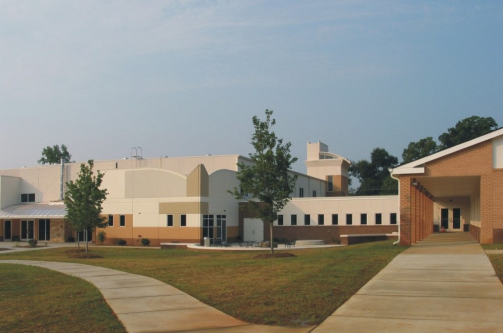 Some of Barry's work on Lake Forest Church - Huntersville. From barryaparks.com.