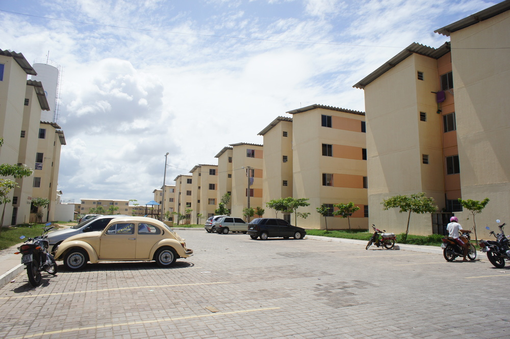 Cidade Jardim, Hagebyen, i Fortaleza i Nord-Brasil huser gjennom det statlige boligprogrammet Minha Casa Minha Vida tusenvis av familier.Foto: Astrid Fadnes