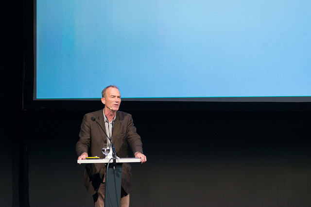 Antropoligen og allmenn kjent mediastemme, Thomas Hylland Eriksen, holdt et heseblesende, men solid foredrag om en flik av hans forskning rundt identitetspolitikk, etnisitet, nasjonalisme og globalisering.