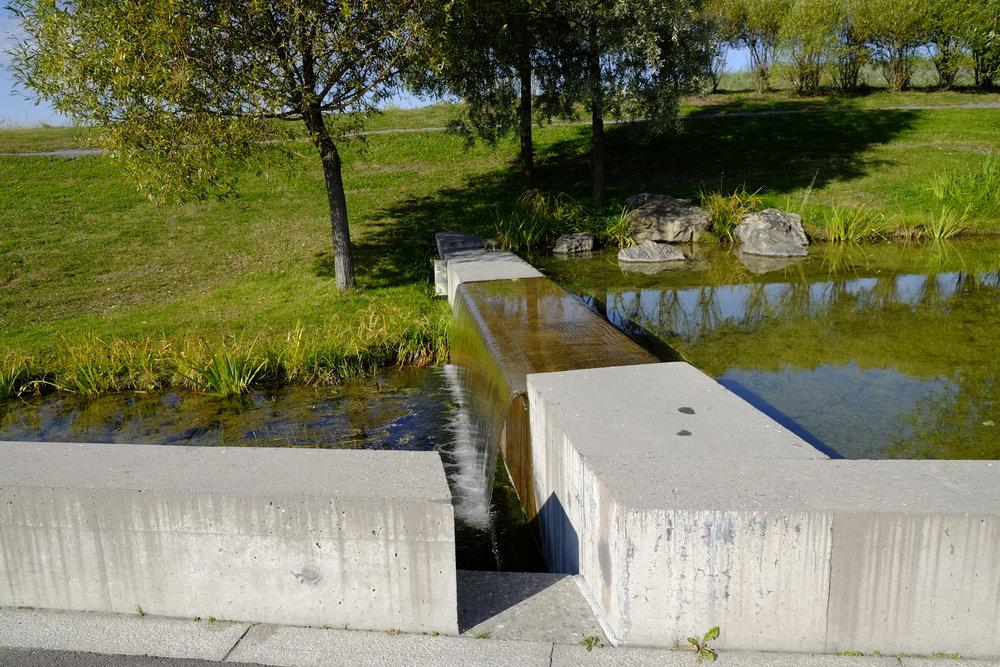 Vannet får renne gjennom Nansenparken, i stedet for å bli lagt i rør. Foto: Kjersti B. Skjelbreid